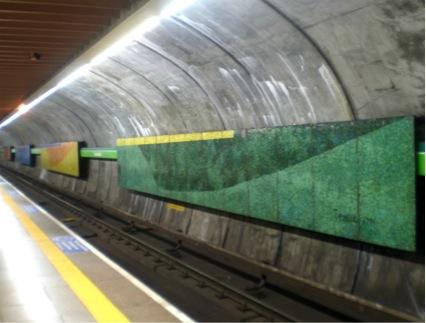 Quatro Estações. Localizado dentro da estação Consolação do metrô
