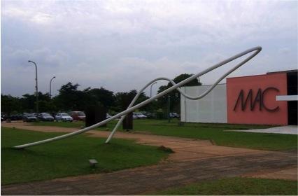 Ultramarinho. Localizado na USP em frente ao Museu de Arte Contemporânea (MAC-USP)